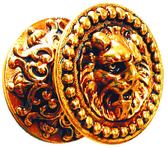Pomo de bronce con cabeza de le n y dibujos ornamentales 5 for Apliques de bronce para muebles