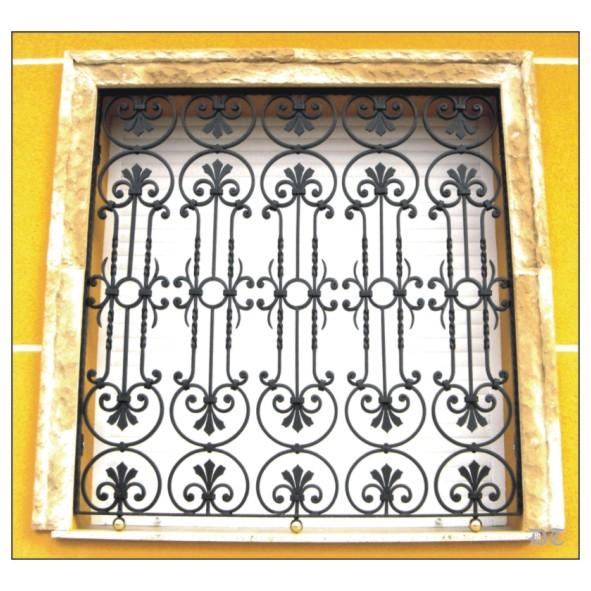 Rejas de forja, fundición, latón y acero inox para ventanas