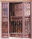 1003 Puerta forja y latón