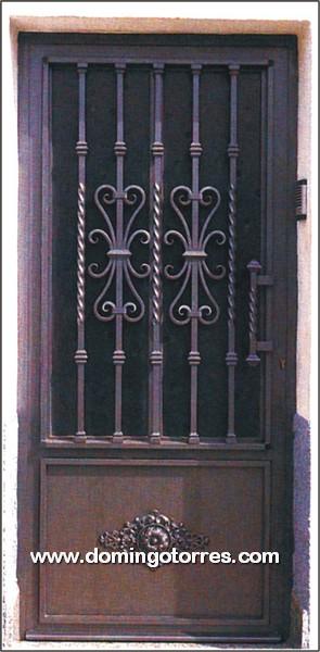 1007 Puerta forja y hierro fundido