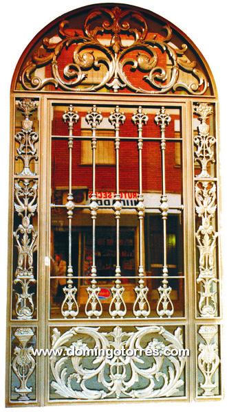 1013 Puerta hierro fundido y forja