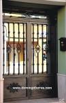 1023 Puerta forja y hierro fundido