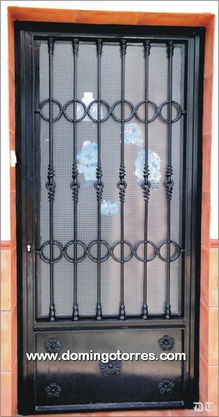 Fotos de puertas de hierro forjado chihuahua car for Imagenes de puertas de hierro
