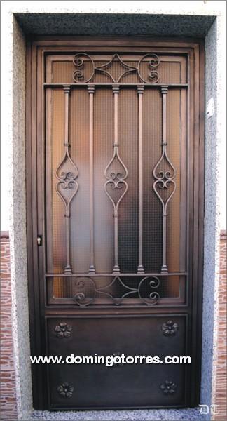 Puerta sencilla y econ mica de forja art stica n 1035 for Puertas hierro forjado exterior