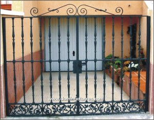 Puertas y cancelas de hierro forjado fundici n aluminio - Cancelas de hierro ...
