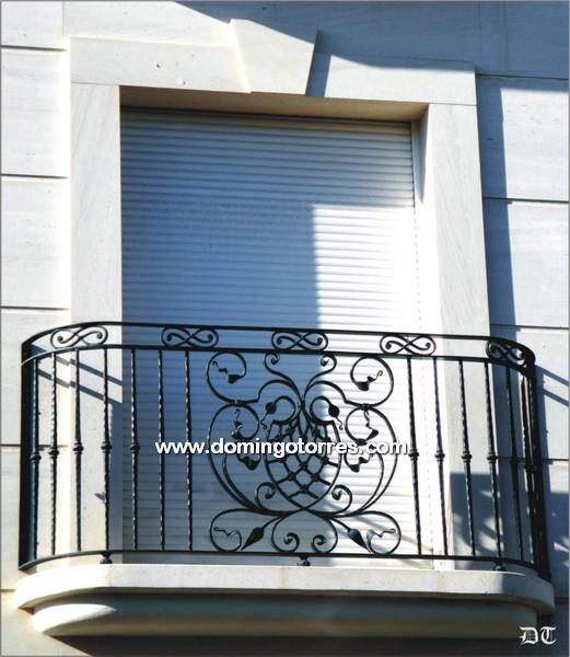 V deo de balcones de forja art stica fundici n ornamental - Forja domingo torres ...