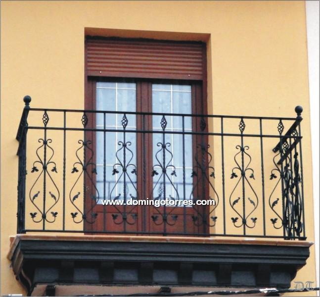 Ejemplo balc n n 4055 forja domingo torres s l - Adornos de pared de forja ...
