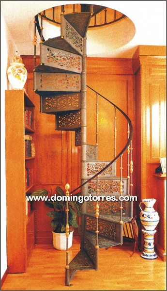 Escalera de caracol de fundici n lat n y forja n 6001 for Como trazar una escalera de caracol