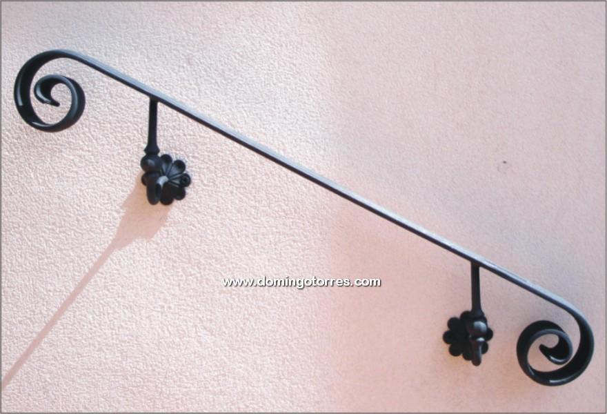Pasamanos de forja para la pared n 7006 forja domingo - Adornos de pared de forja ...