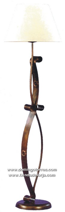LP-8 Lámpara pie forja con pantalla