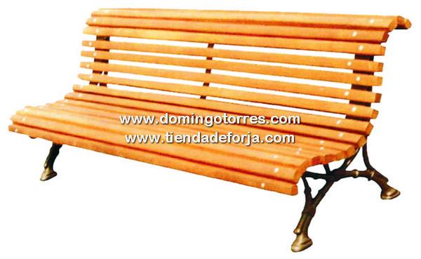 Banco rom ntico b 3 con patas de fundici n y baldas de for Banco de jardin de hierro y madera
