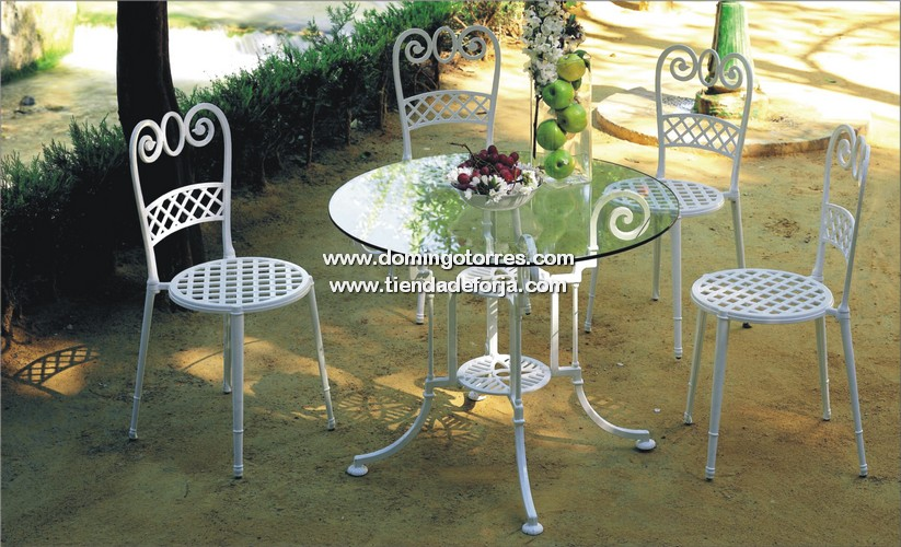 Mesa mse 25 y silla mse 41 para jard n forja domingo for Mesas y sillas de jardin