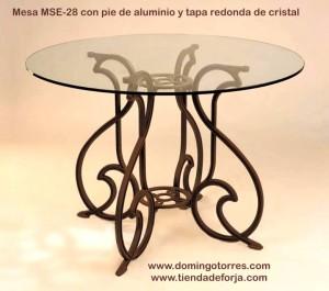 MSE-28 Mesa redonda de exterior en aluminio modelo gaudí