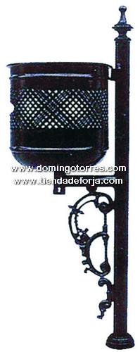 PP-10 Papelera forja y fundición