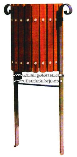 PP-14 Papelera forja y madera para calles, parques...