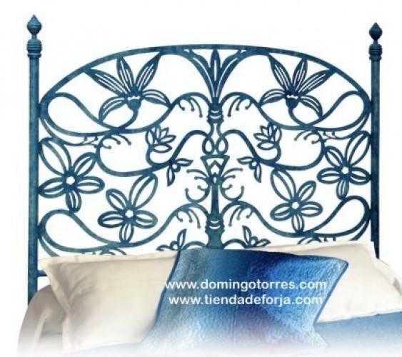 Cabecero y cama forja con flores C-95