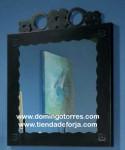 Espejo de forja artística con dibujos CE-56